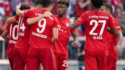 Bayern mit Kantersieg – Schalke gewinnt auch dank Eigentoren