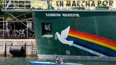 Polen: Behörden entfernen Greenpeace-Schiff aus Danziger Hafen – zwei Aktivisten festgenommen