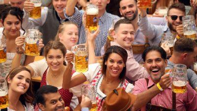 """""""O'zapft is!"""" – Oktoberfest mit traditionellem Fassanstich eröffnet"""
