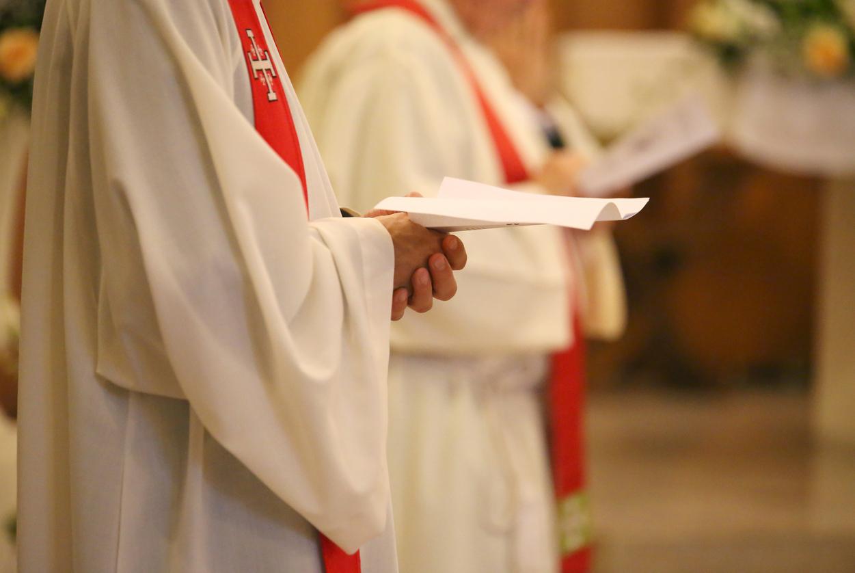 Sexueller Missbrauch: Katholische Laien wütend auf Bischöfe wegen Vertuschungsvorwürfen in Köln