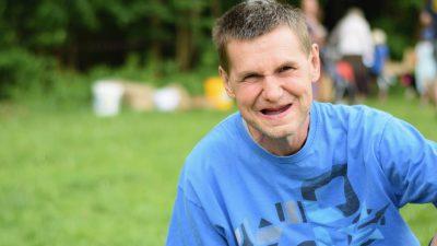 Ältester Mann mit Down-Syndrom: Vor 77 Jahren sagten Ärzte, dass er höchstens 10 Jahre alt werde
