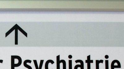 Regelmäßig Übergriffe und Zwang in der Psychiatrie