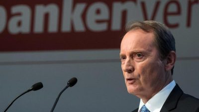 Banken klagen über EZB-Kurs – Sparer als Hauptverlierer?