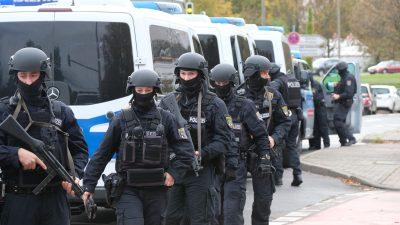 Österreichischer Publizist über das deutsche Versagen gegenüber dem Extremismus