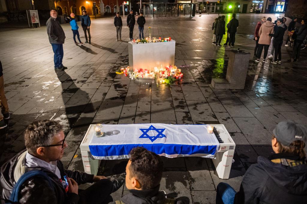 """Antisemit gegen rechts: Halle-Attentäter fühlte sich von Juden """"aus dem Leben gedrängt"""""""
