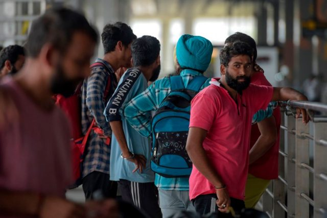 Massenabschiebung: Mexiko setzt 311 indische Migranten ins Flugzeug nach Neu Delhi