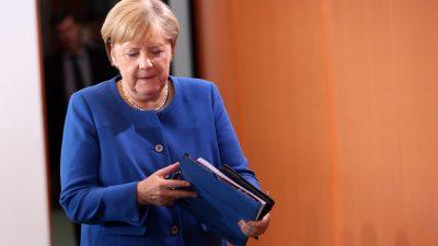 Merkel trifft in Neu Delhi Indiens Regierungschef Narendra Modri