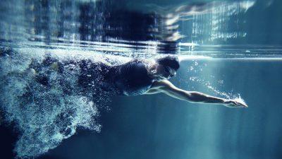 7 positive Effekte durch regelmäßiges Schwimmen