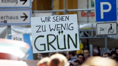 """Schüler schwänzten Unterricht wegen """"Fridays-For-Future""""-Demo – Nun wurden sie von Berlinfahrt ausgeschlossen"""