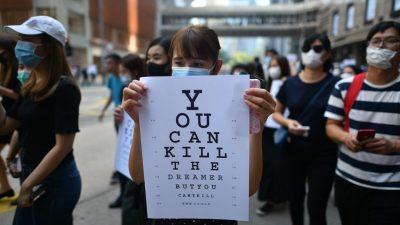 """Je brutaler desto besser"": Hongkong ändert Taktik im Umgang mit Demonstranten"