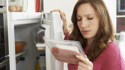 """""""Wollt ihr uns eigentlich verarschen?"""" – Facebookerin macht sich wegen Plastikverpackungen von Bio-Produkten Luft"""