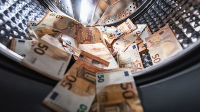 100 Mrd. Euro jährliche Geldwäsche in Deutschland: Erfolgreiche Manipulation mit bestellten Studien