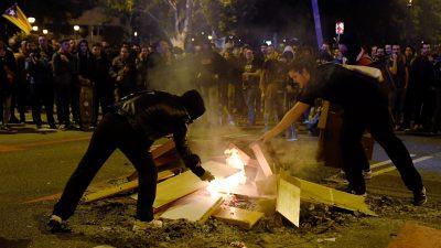 """Tausende demonstrieren in Barcelona gegen spanischen König – Motto: """"Kein König – keine Angst"""""""