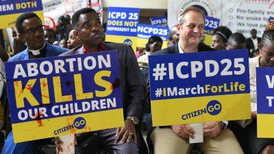 Proteste in Nairobi – USA betonen Recht auf Leben: Gegenwind für UN-Gipfel zur Geburtenkontrolle