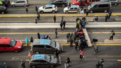 Autobahn an der Grenze von Spanien und Frankreich wieder offen