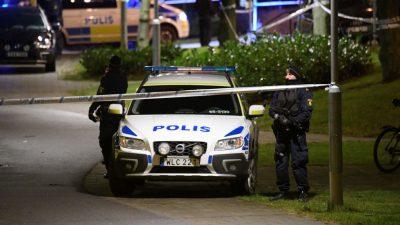"""Acht Verletzte bei mutmaßlich """"terroristischem"""" Stichwaffen-Angriff in Schweden"""