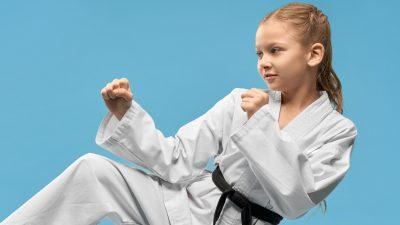 Taekwondo ohne Beine: 9-Jährige gewinnt Medaillen und trainiert für Paralympics
