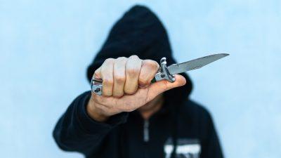 """""""Ich stech' dich ab"""" – Sohn von AfD-Politiker wird an Schule bedroht"""