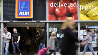 Gute Zeiten für Discounter: Aldi und Lidl gewinnen den Brexit an der Ladenkasse
