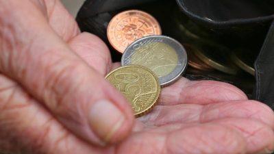 Steuerlast auf mittlere Renten in zehn Jahren am meisten gestiegen
