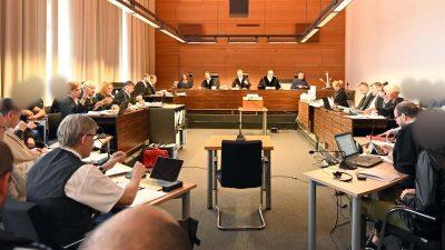 Freiburger Gruppenvergewaltigung: Verteidiger und Opferschutzanwälte wurden im Gerichtsprozess bedroht