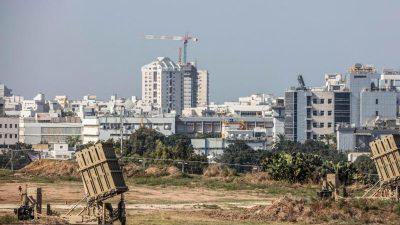 Nach iranischem Raketenbeschuss: Israel greift Dutzende militärische Ziele in Syrien an