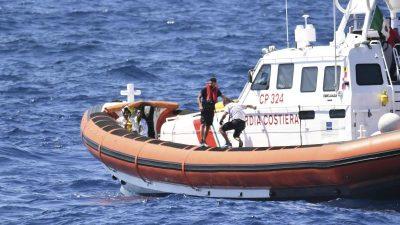 Lampedusa: Gekenteres Boot mit 143 Migranten vor Unglück bewahrt