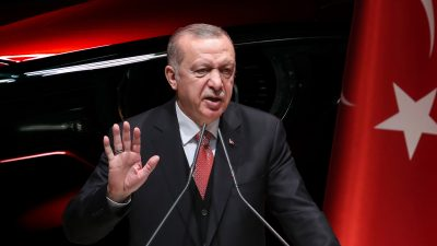 Erdogan präsentiert türkische E-Autos