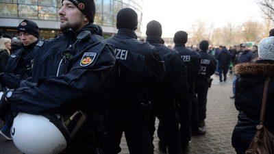 Polizeikosten:Werder Bremen will weniger Gästefans ins Stadion lassen