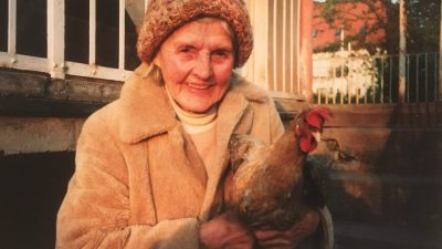 Maria Schneider: Ode an Oma