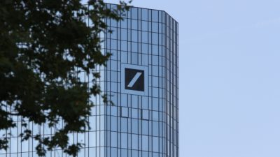 Deutsche Bank und die Abschaffung von Bargeld: Bargeld schützt vor Negativzinsen und Bankpleiten + Video