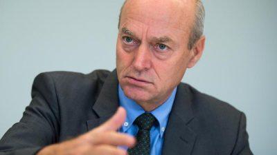 Ex-BND-Chef warnt Karlsruhe: Sicherheit nicht gefährden