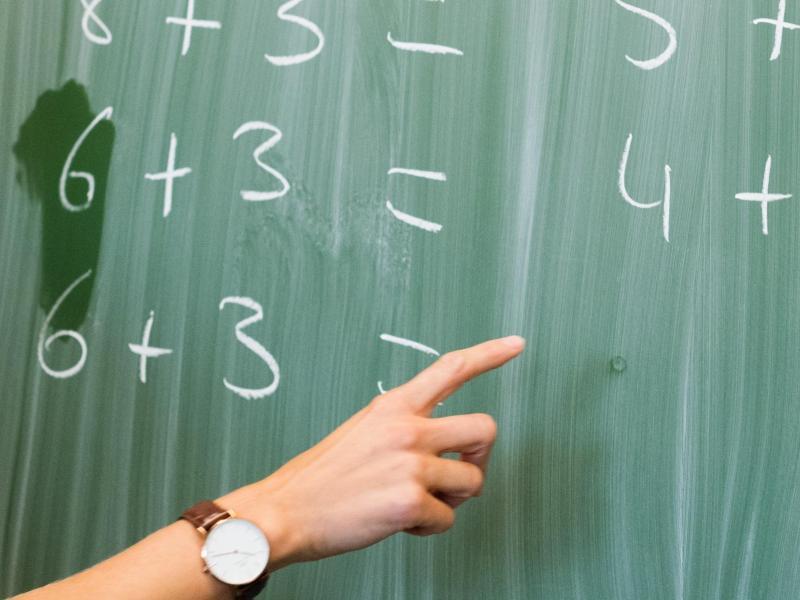 Wenn Nachhilfe und Ferienkurse nicht reichen: Lehrerverband schlägt freiwilliges Zusatzschuljahr vor