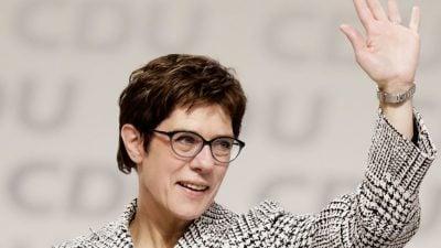 Kramp-Karrenbauer zur Bundeskanzlerin: Lindner-Vertrauter spricht über Koalition aus CDU, FDP und SPD