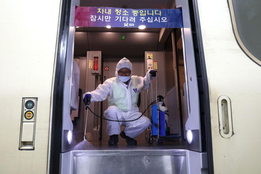 Experte: Von Coronavirus betroffenes Wuhan beherbergt Labor für biologische Kriegsführung