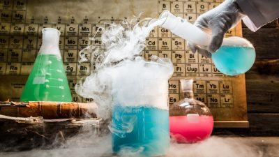 Eine App warnt: Wird aus diesen Chemikalien ein explosives Gemisch?