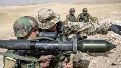 """Kramp-Karrenbauer nach Truppenbesuch im Irak: """"Wir wollen bleiben"""""""