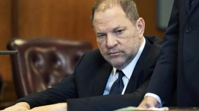Prozess gegen Harvey Weinstein hat begonnen – Demonstrationen vor dem Gericht