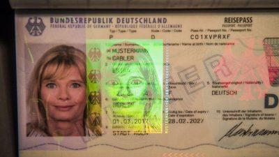 Neuer Sicherheits-Gesetzentwurf: Passbilder für Reisepass nur noch im Amt