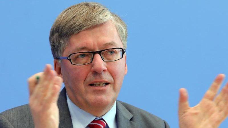 Verteidigungsministerium: Ermittlungen wegen hohen Kosten für Bundeswehr-Auslandsmission