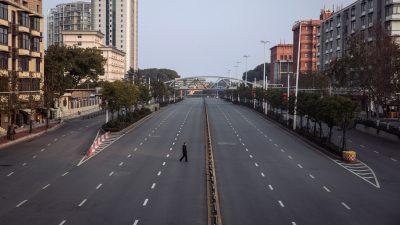 Quarantäne mit dem Schweißgerät: Städte, Straßen, Gebäude und Türen in China werden verriegelt