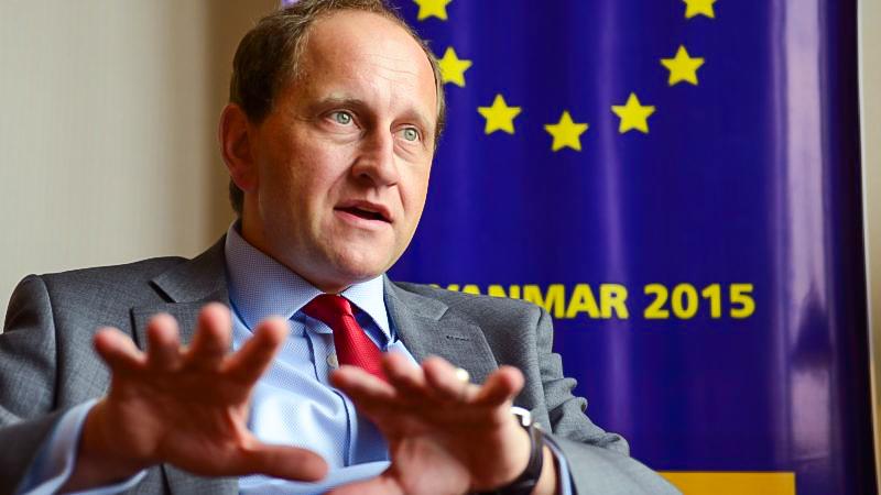 "Lambsdorff: Bundesregierung soll Myanmars Militärattaché ""sofort ausweisen"""