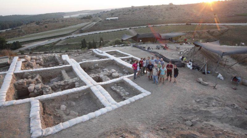 Ausgrabungen am Tempel in Lachisch