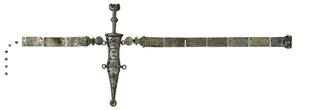 Vollständige römische Waffe aus Dolch, Scheide und Gürtel