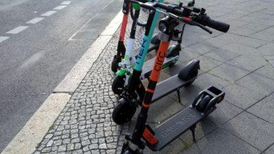 """""""Bürokratie-Monster"""" – Kommunen gegen Führerschein- und Blinkerpflicht für E-Scooter"""