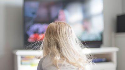 """Einschränkung von Werbung für """"Kalorienbomben"""" im Kinder-TV zeigt erste Erfolge"""