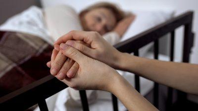 """Sterbehilfe: Ärztekammer befürchtet """"Normalisierung des Suizids""""  – Christliche Staaten der EU dagegen"""
