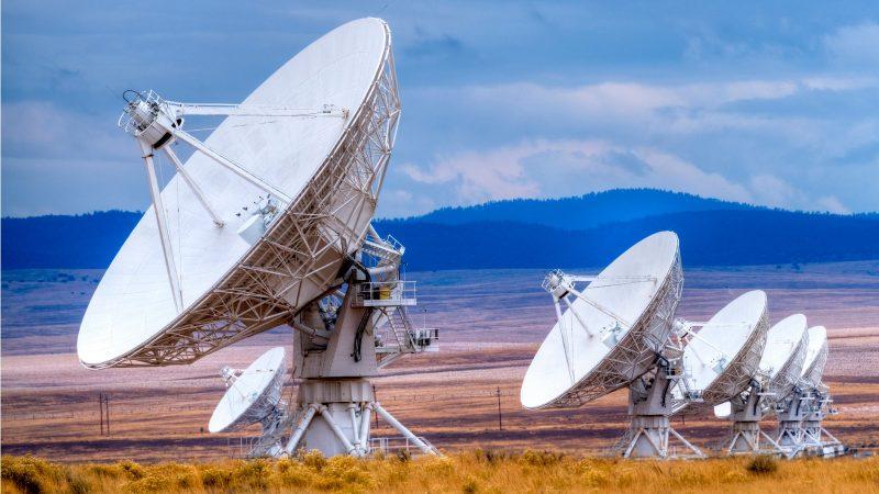 Sich wiederholende Muster von Radiowellen stellen Forscher vor Rätsel.