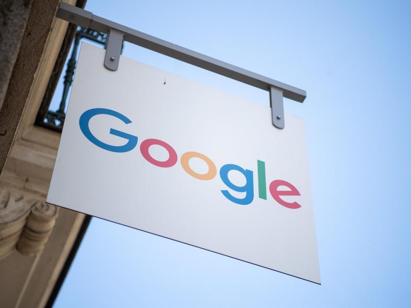 Russische Justiz: Google muss Strafe wegen Verstoßes gegen umstrittenes Datenschutzgesetz zahlen