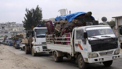 Mehr als 500.000 Menschen durch Kämpfe in Syrien vertrieben